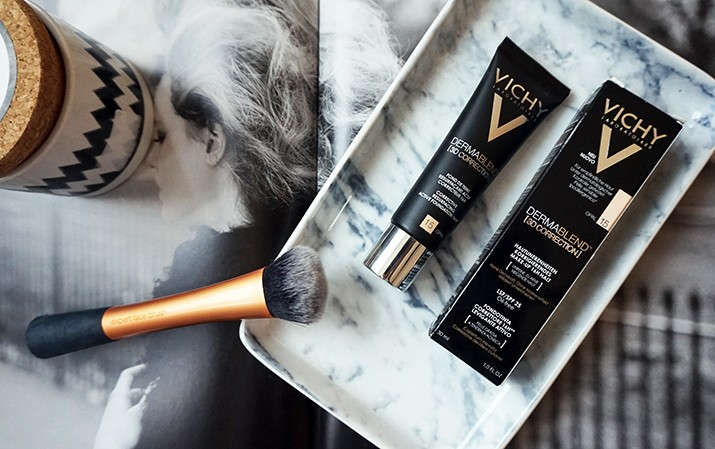 Vichy Dermablend 3D Correction Foundation Review WhoWhatClaire 1