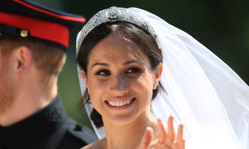 meghan-markle-makeup-t