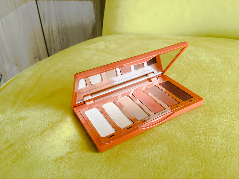urban_decay_naked_petite_heat1