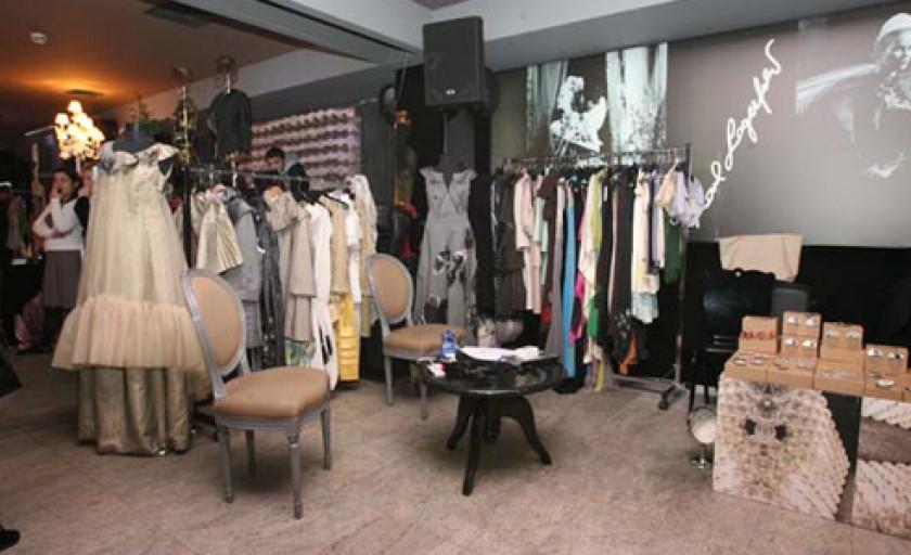 Gaia Vintage Couture