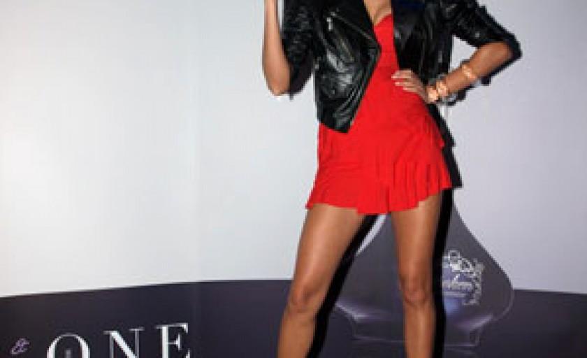 Outspoken by Fergie: esente tari si moda