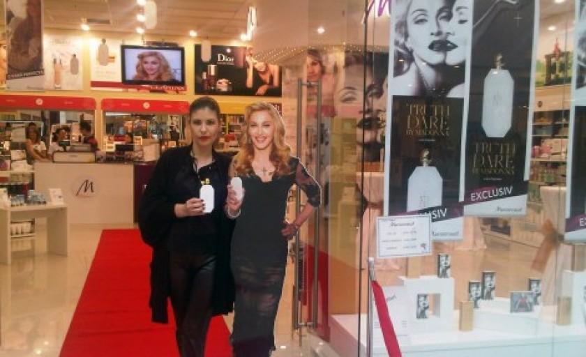 Truth or Dare: parfumul Madonnei de la concept la realitate