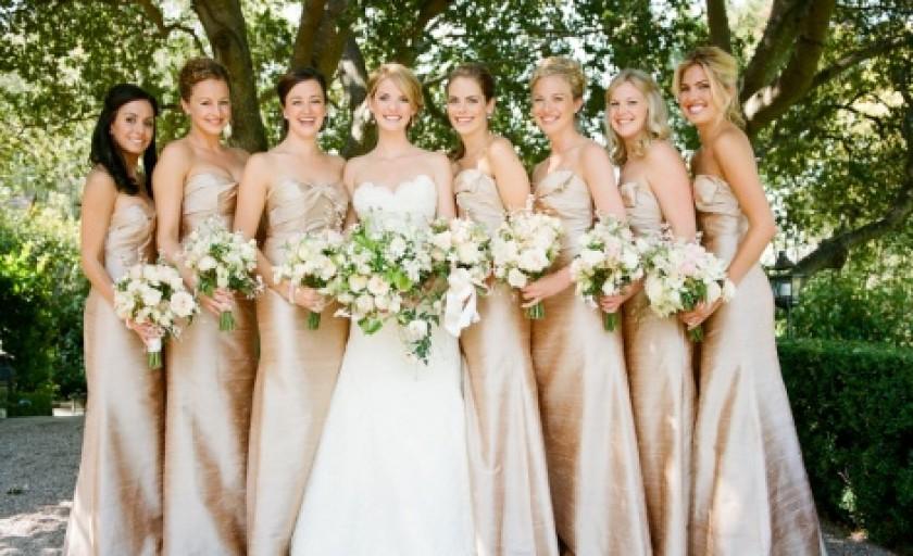 Invitata la o nunta: cu ce ma imbrac