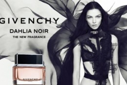 Dahlia Noir (Givenchy): aroma nostalgica a unei povesti tomnatice