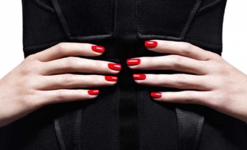 Le Vernis Givenchy: noul lac de unghii couture