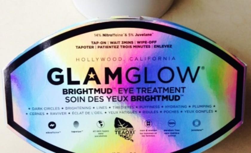 Brightmud: tratament rapid de revitalizare a zonei din jurul ochilor