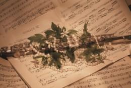 Florae (Wild Olive African Artisans): nectarul pretios si tulburator al serilor de vara tandre
