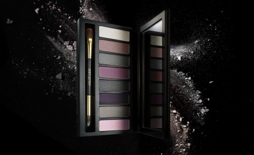 ARTISTRY Little Black Dress: paleta de farduri de pleoape ideala pentru un smokey eye reinterpretat
