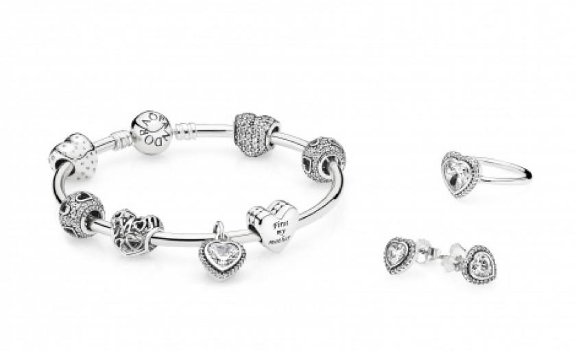 Colectia speciala de bijuterii Pandora dedicata zilei internationale a Femeii