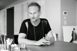 Lectia de chimie olfactiva si o noua abordare a universului parfumeriei: interviu Geza Schoen (Escentric Molecules)