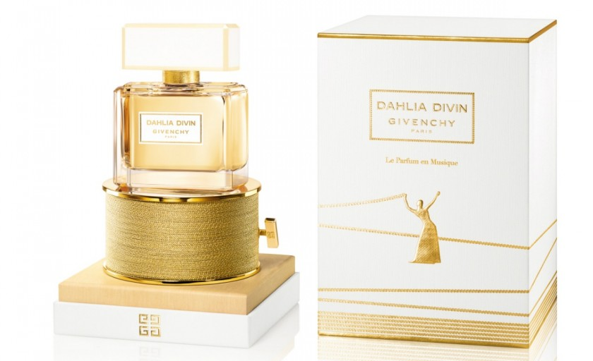 Dahlia Divin Le Parfum en Musique (Givenchy): emotii olfactive dispuse pe o partitura cu fir aurit