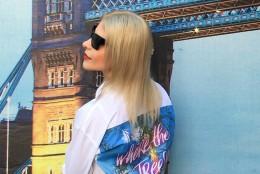 Camasa alba pentru vacante de poveste by Noemi Meilman & Pineberry Shirts