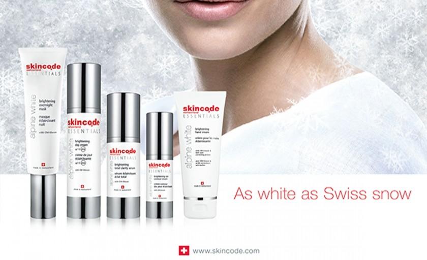 Skincode Essentials Alpine White: ritualul complet de ingrijire pentru un ten de portelan