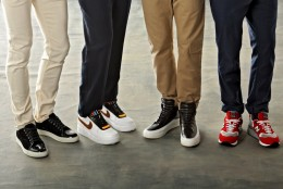 Ce presupune eleganta relaxata: noua alura a pantofilor sport barbatesti si cateva reguli de buna purtare