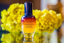 L'Occitane Immortelle Reset: un serum inalt performant, care actioneaza in timpul noptii pentru o piele perfect odihnita si luminoasa in zorii zilei