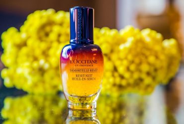 L'Occitane Immortelle Reset: un serum inalt performant, care actioneaza in timpul noptii pentru o piele perfect odihnita si luminoasa in zorii zilei