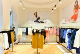 Sense Flagship Store: o noua destinatie de shopping si cateva idei inspirate pentru o garderoba practica si actuala