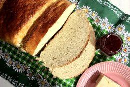 Ladylike Gourmet: nostalgii ascunse sub coaja crocanta a unei paini de casa