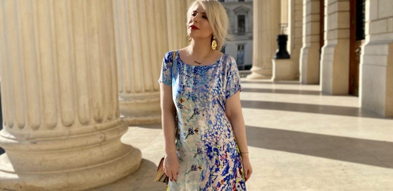 Fashion storytelling si reperele unei explorari personale printre tusele acrilice fine ale Andreei Tincu